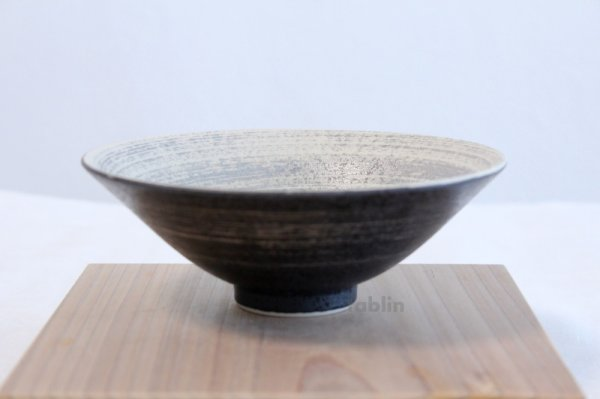 Photo5: Arita porcelain Japanese tea bowl Kurouchi ha Kyohei M chawan Matcha Green Tea