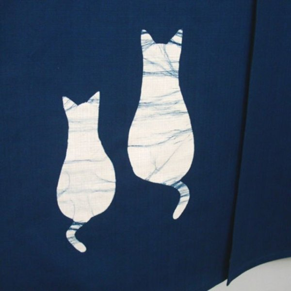 Photo2: Kyoto Noren SB Japanese batik door curtain 2Neko 2Cats navy blue 85cm x 150cm