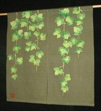 Kyoto Noren SB Japanese batik door curtain Tsuta Ivy olive-green 85cm x 90cm