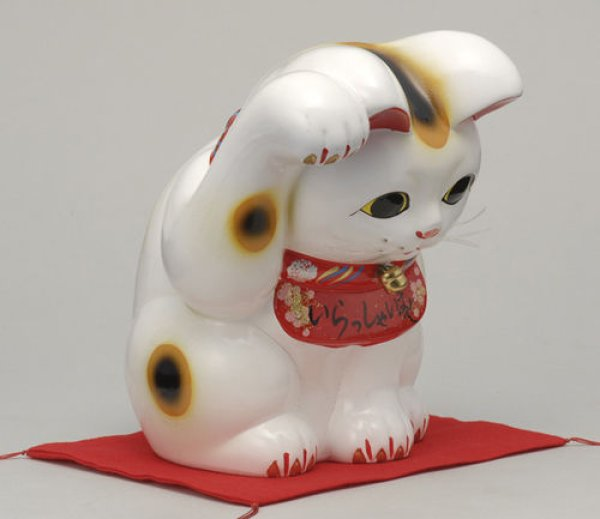 Photo2: Japanese Lucky Cat Tokoname YT Porcelain Maneki Neko bowing Right hand H25cm