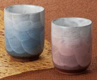 Kutani Porcelain Japanese tea cups yon umomokusaiyu  (set of 2)