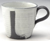 Shigaraki ware Japanese pottery tea mug coffee cup yukidoke white glaze 380ml