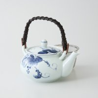 Arita Porcelain sd Dobin Japanese tea pot blue Grapes 500ml