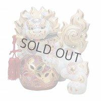 Japanese Leo Shishi Dragon Lion dog Kutani Porcelain tsurugi sword white H31cm