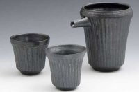 Kiyomizu porcelain Japanese sake bottle cups reishuki black shinogi