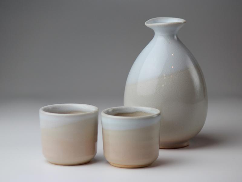 Hagi Yaki Ware Japanese Sake Bottle And Sake Cup Set
