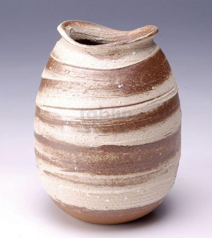Shigaraki Japanese Pottery Vase Tsuchi Hakeme Aratsuchi H 22cm
