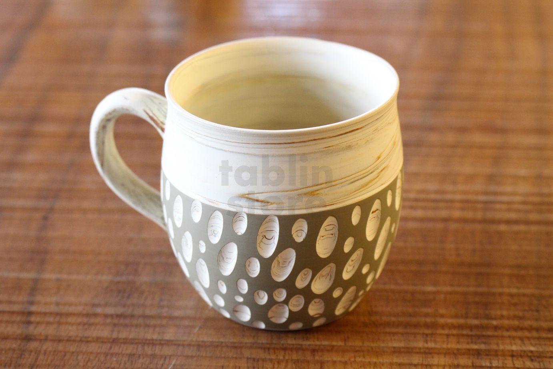 Tokoname Japanese Pottery Coffee Mug Tea Cup Hand Carved Polka Dot Kenji 260ml